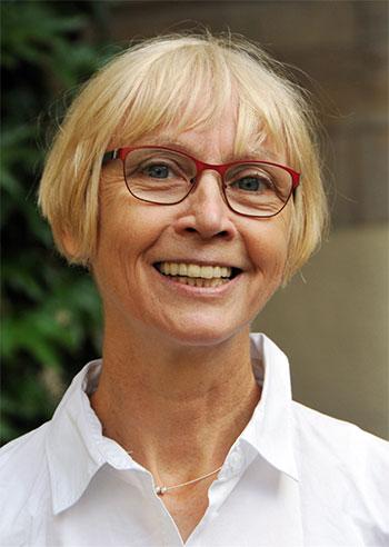 Portrait Dr. Kerstin Rötzler