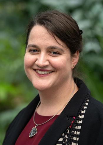 Portrait Dr. Stefanie B. Seitz